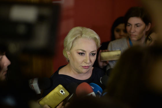 motiunea-de-cenzura-pentru-demiterea-guvernului-dancila-a-fost-respinsa-dancila