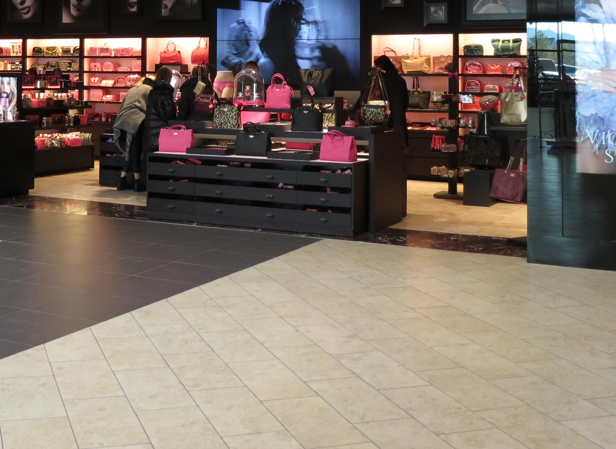 Victoria's Secret UK, cel mai recent retailer care intră în insolvenţă