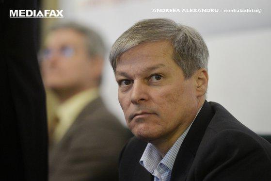 Cioloş: Cerem un premier cu care să putem lucra cu încredere şi deschidere
