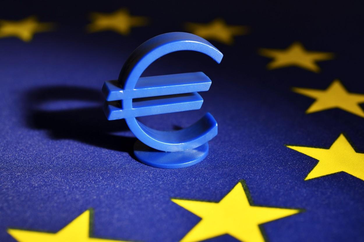 Însănătoşirea economiei europene depinde de disponibilitatea seniorilor de a-şi deschide portofelele