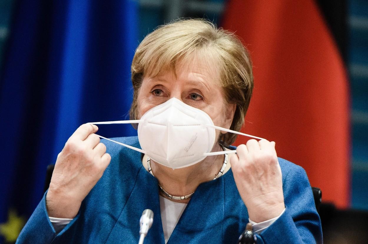 Guvernul Angela Merkel propune facilităţi pentru persoanele vaccinate, în pofida criticilor intense