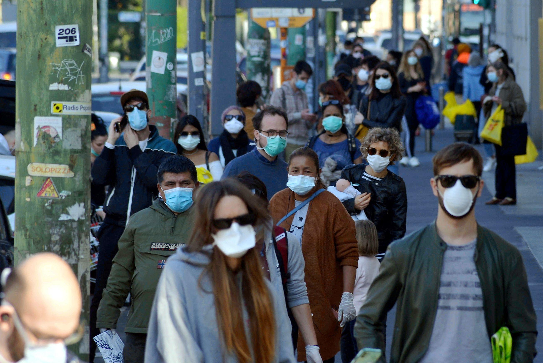 3.817 cazuri noi de persoane infectate cu SARS – CoV – 2 în ultimele 24 de ore