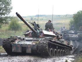 Ministrul german al apărării se gândeşte să înfiinţeze o Armată a Europei