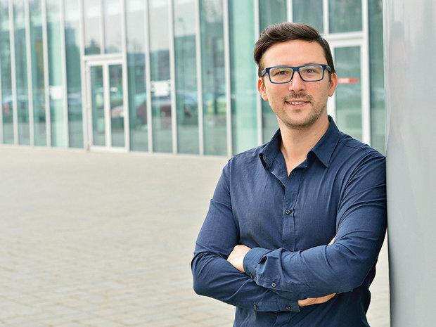 Povestea românului care s-a săturat să muncească în corporaţie şi a plecat de unul singur în jurul lumii