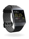 Gadget Review: Primul smartwatch al Fitbit: mai mult brăţară decât ceas - VIDEOREVIEW
