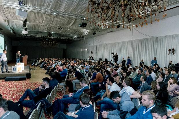 1.400 de participanţi din 30 de ţări la DefCamp, cea mai mare conferinţă de securitate cibernetică din Europa Centrală şi de Est