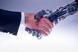 Reacţii contradictorii ale liderilor de afaceri legate de parteneriatul dintre om-maşină