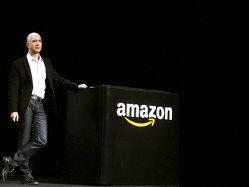 Jeff Bezos a câştigat de 1,2 milioane de ori mai mult decât un angajat al Amazon în 2017