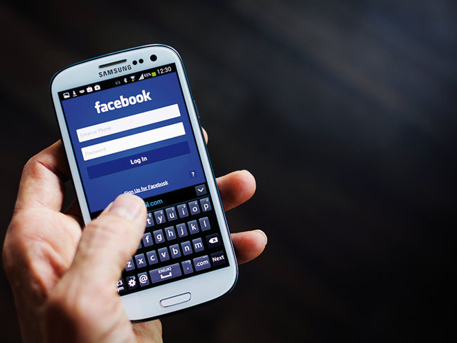Lecţii de monetizare de la Facebook. Reţeaua de socializare devine tot mai mult o maşină de făcut bani
