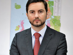 Opinie Rareş Măcinică, MBA managing director Lagermax AED România: MBA – Married but Available, CEO - Chief Emotional Officer