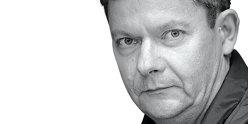"""Dorin Oancea, editorialist Mediafax: De ce tot """"zboară"""" elicopterele în jurul Guvernului"""