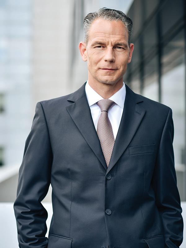 Opinie Lars Wiechen, partener, Deloitte România: Cu ego-ul pe făraş
