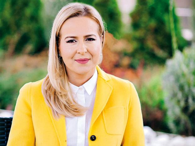 """Sfatul de business al săptămânii de la Mădălina Teodorescu, director general adjunct Piraeus Bank România: """"Este important să rămâi cu picioarele pe pământ. Şi să te ţii bine ca să nu te răstorni la prima groapă."""""""