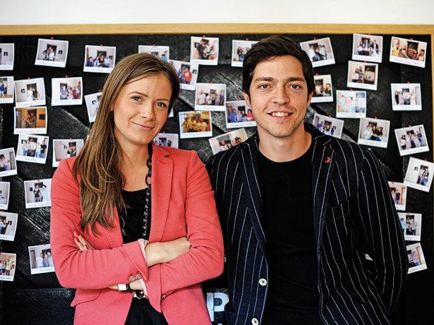 Doi tineri au pornit o afacere unică în Bucureşti în subsolul casei. Clienţii stau acolo ore în şir