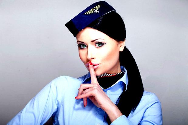 Compartimentele secrete din avioane care sunt dotate cu dormitoare şi zone de relaxare pentru stewardese - GALERIE FOTO