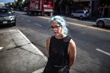 A vrut să se angajeze la Starbucks, dar a fost refuzată dintr-un motiv stupid. Ce a reuşit după este absolut fabulos