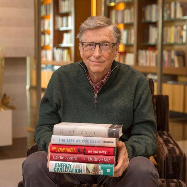 Cele mai bune cărţi pe care Bill Gates le-a citit în 2017