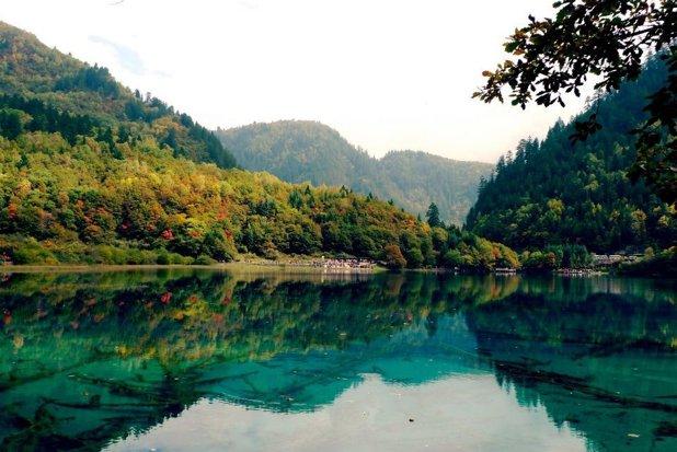 Cea mai frumoasă zonă din Asia: aici se regăsesc 100 de lacuri cu apa turcoaz - GALERIE FOTO