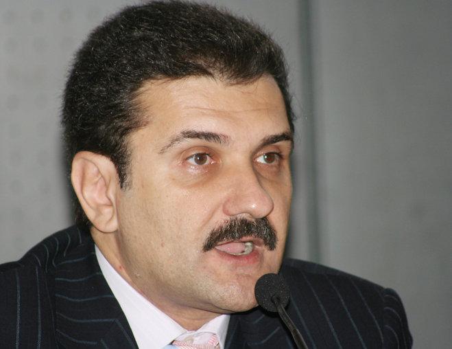 Ce avere are fostul prezentator TV Radu Coşarcă