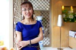 Cum o femeie de afaceri din Vietnam a devenit miliardară datorită stewardeselor în bikini. Cum arată însoţitoarele de zbor - GALERIE FOTO