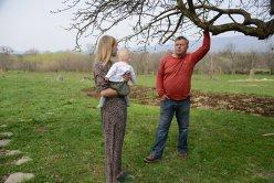 De ce au ales doi englezi să vândă tot ce aveau şi să se mute în România