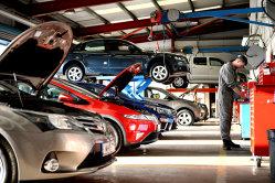 Afaceri pe care le poţi porni cu mai puţin de 500 de lei: un business ce necesită să şti cât mai multe despre maşini