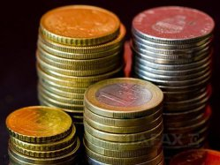 Asigurătorii se luptă cu clinicile private pentru 60 de milioane de euro anual