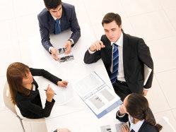 Compania care face afaceri de 1,4 miliarde de euro cu cinci angajaţi
