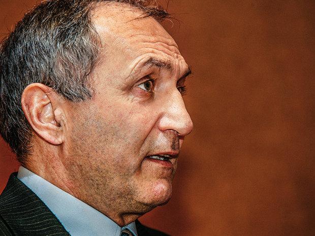 Fondatorul SSIF Broker Cluj se pregăteşte să revină pe piaţa de capital