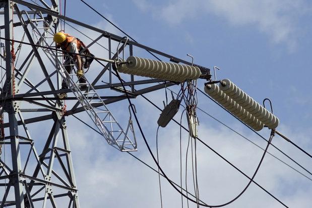 Energia ţine în viaţă bursa de la Bucureşti. Investitorii stau cu ochii pe piaţa de capital în acestă toamnă