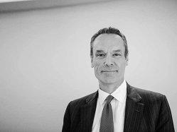 Schimbarea de direcţie a Citi, eficientizarea şi restructurarea businessului