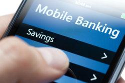 9 din 10 persoane nu ar lăsa un robot să le programeze finanţele personale. Jumătate dintre români sunt îngrijoraţi de securitatea mobile banking-ului