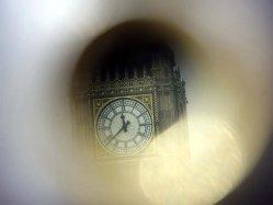Cum traiesc englezii criza (GALERIE FOTO)