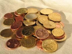 Deutsche Bank: In zece ani, Romania ajunge la o datorie publica de 53% din PIB