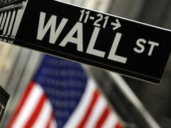 Semne rele pe Wall Street. Bursele scad, investitorii se tem de un al doilea val de recesiune