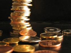 """FMI si UE maresc rezerva valutara a BNR. Guvernul """"se bucura de sprijinul deplin"""" al ambelor institutii"""