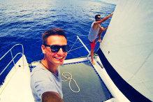 Doi români care au investit 100.000 de euro într-un iaht în Oceanul Indian au 50 de clienţi anual şi vor să recupereze banii în cinci ani