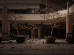 Fotografiile care demonstrează sfârşitul mall-urilor. Peste 6400 de magazine se vor închide anul viitor - GALERIE FOTO