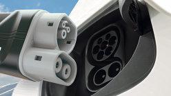 Giganţii industriei auto se unesc pentru a pune la punct infrastructura necesară maşinilor electrice