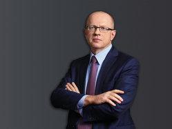 Povestea şefului Bursei de Valori Bucureşti. Cum vrea polonezul să învie piaţa de capital românească