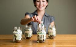 Ce fac millennialii cu banii şi de ce ar trebui să se gândească la pensie