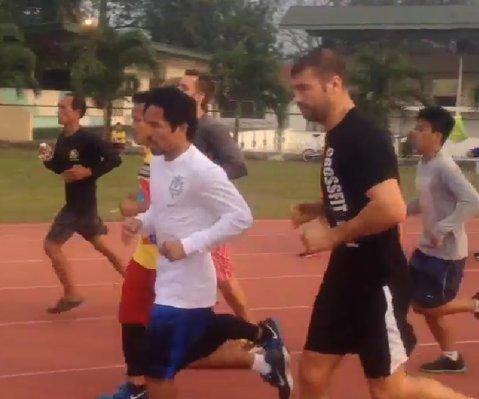 FOTO   Bute, cot la cot cu Pacquiao în Filipine. Imagini de la pregătirile românului pentru meciul cu Bolonti