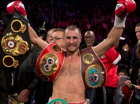Serghei Kovalev l-a învins pe Jean Pascal şi şi-a păstrat titlurile WBA, WBO şi IBF