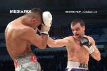 JoJo Dan a fost învins de Kell Brook, prin KO Tehnic. Oamenii din colţul românului au decis să oprească lupta după ce Ionuţ a fost făcut KD de patru ori. Englezul şi-a păstrat centura de campion mondial IBF la semimijlocie