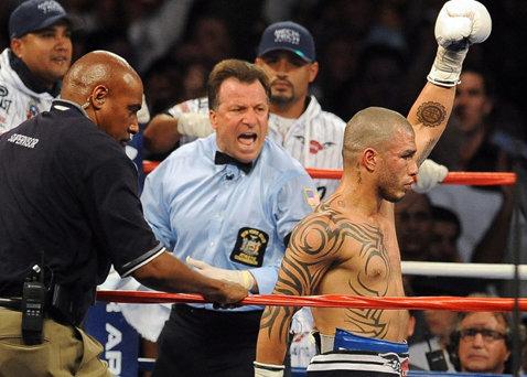 Miguel Cotto şi-a păstrat centura WBC la categoria mijlocie