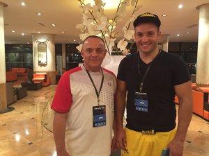 """Chetă pentru Europene! Membrii Biroului federal scot bani din buzunar pentru a trimite patru boxeri şi doi antrenori în Bulgaria. Dinamo reacţionează: """"Andreiana şi antrenorul său merg pe banii clubului"""""""