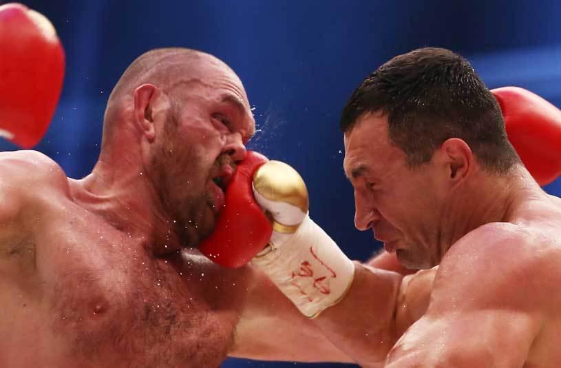 """Tyson Fury a dat de pământ cu Vladimir Klitschko. Declaraţiile controversate pe care le-a făcut la conferinţa de presă: """"L-am complexat"""""""