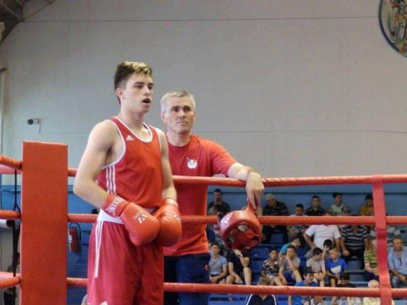 Două şanse la aur. Robert Jitaru şi Andrei Arădoaie s-au calificat în finala Campionatului European de box Under 22 de la Brăila