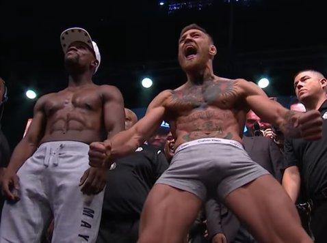 """Mayweather îl atacă pe McGregor din vacanţă, la patru luni după cel mai controversat meci din boxul profesionist: """"L-am cărat în spate şi am făcut lupta să arate bine"""""""