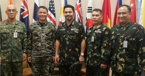 Manny Pacquiao a devenit colonel în armata din Filipine